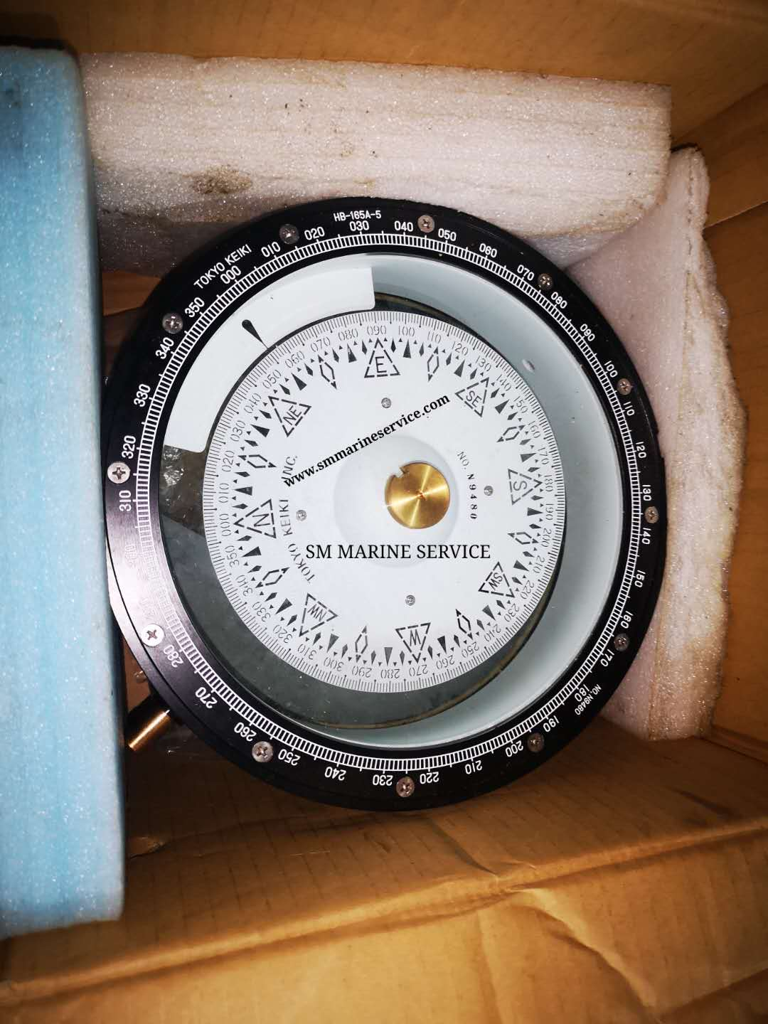 uploads/PhotoImages/Magnetic_Compass.jpg